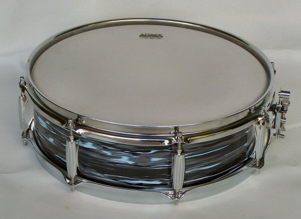 1960's Ludwig Black Oyster Pearl Piccolo Snare Drum